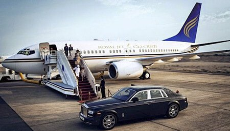 Round-the Clock Airport Luxury Limo Services in Boston